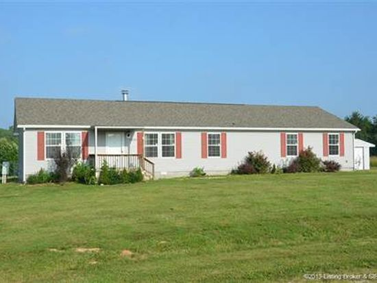 11603 S Creekview Dr, Palmyra, IN 47164