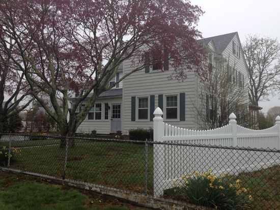 59 Uzzi Ave, Westerly, RI 02891