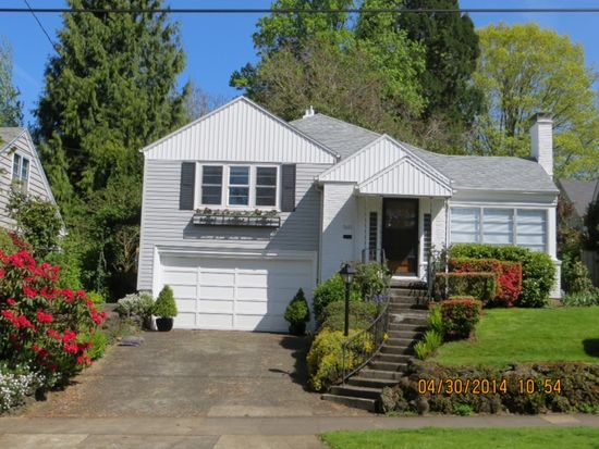 5631 SE Salmon St, Portland, OR 97215