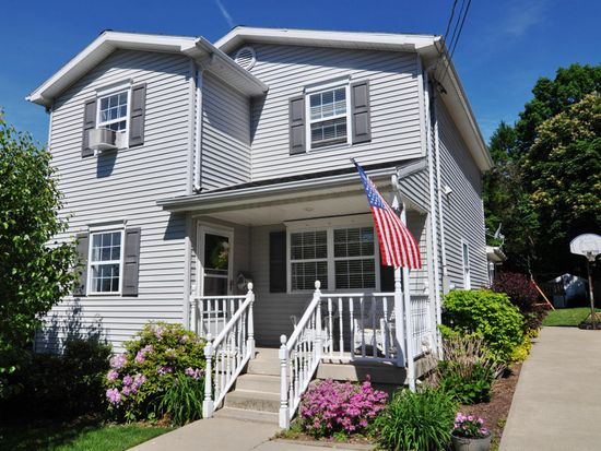 433 Bodnick St, Peckville, PA 18452