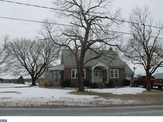409 Hoffmansville Rd, Barto, PA 19504