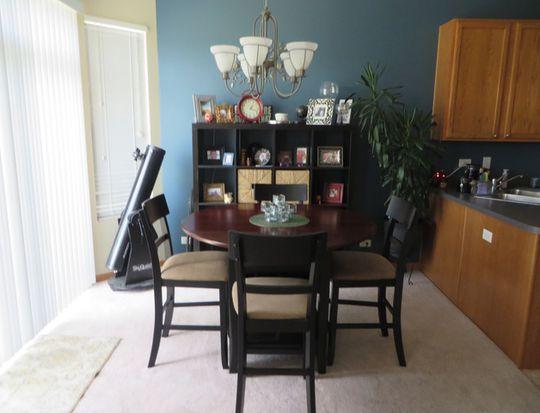 2428 Evergreen Cir, Mchenry, IL 60050