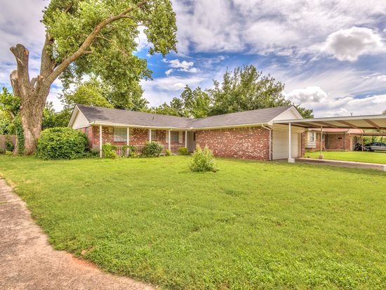 3232 Simmons Dr, Del City, OK 73115
