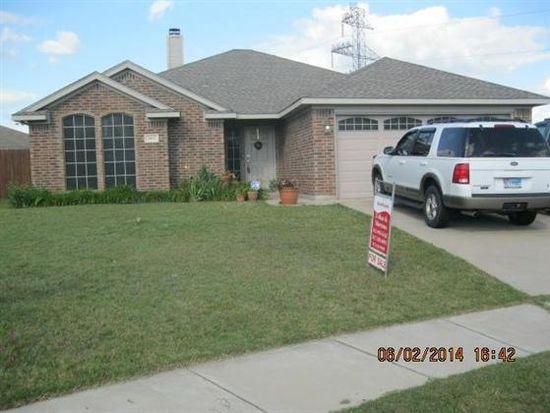 904 Vinewood Ct, Burleson, TX 76028
