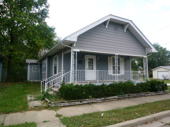 1220 N 22nd St, Terre Haute, IN 47807