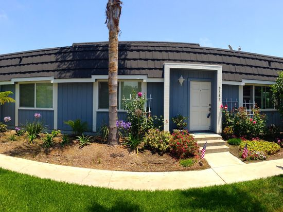 8389 Leeward Dr, Huntington Beach, CA 92646