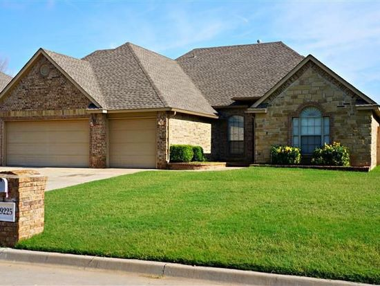 9225 Forest Cove Cir, Midwest City, OK 73130