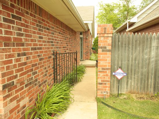 3821 High Point Ct, Norman, OK 73072