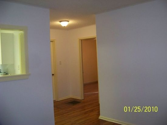 24 Millbrook Rd, Asheville, NC 28806