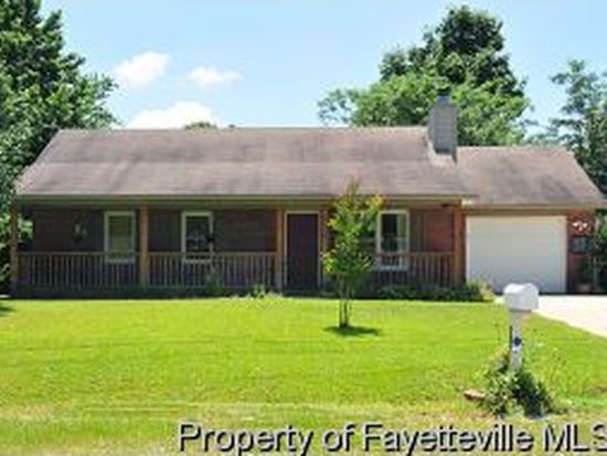 320 Barefoot Rd, Fayetteville, NC 28306