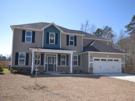 2046 Heathcote Dr, Fayetteville, NC 28314
