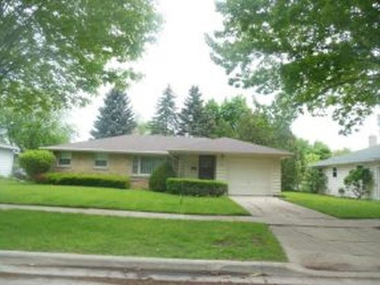 1372 Servais St, Green Bay, WI 54304