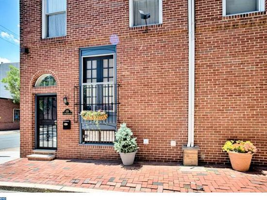 428 S Hutchinson St, Philadelphia, PA 19147