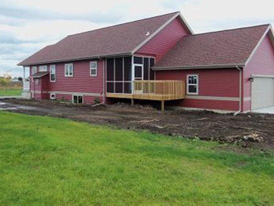 1271 Tara Dr, Sun Prairie, WI 53590
