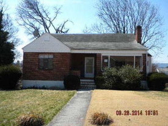 2722 Tremont Dr NW, Roanoke, VA 24017