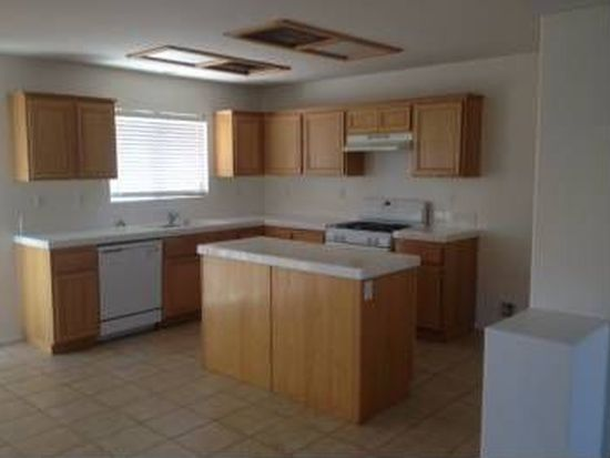 11781 Harwood Rd, Victorville, CA 92392
