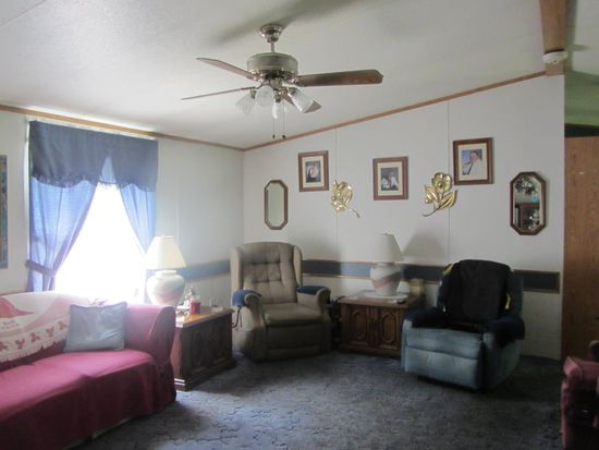 807 National Way, Ellwood City, PA 16117