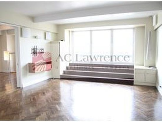 160 Central Park S, New York, NY 10019
