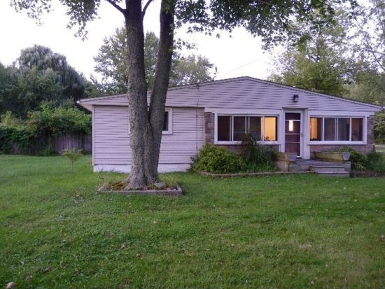 27126 Cook Rd, Olmsted Twp, OH 44138