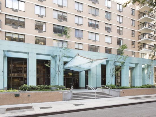 300 Mercer St APT 29C, New York, NY 10003
