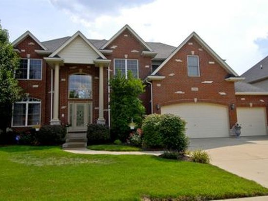 3008 Rollingridge Rd, Naperville, IL 60564