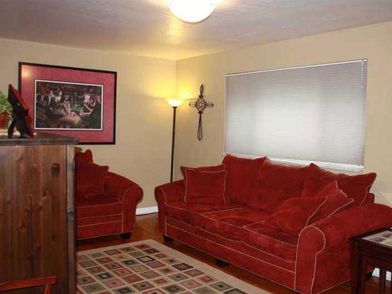 1152 Lapish Rd, Pittsburgh, PA 15212