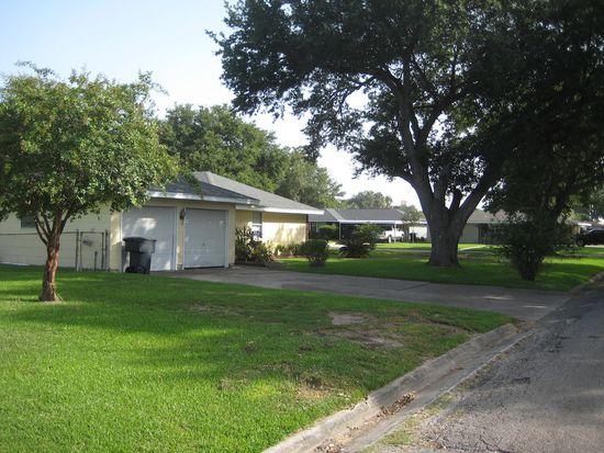4948 Kent Ave, Groves, TX 77619