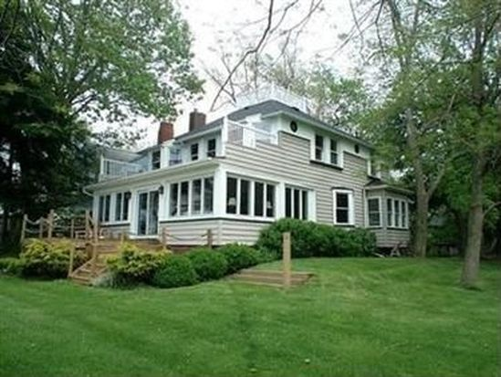 9 Villa Bch, Cleveland, OH 44110