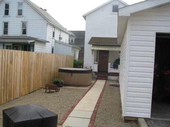 313 Main St, Lyndora, PA 16045