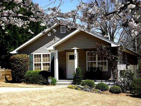 982 Mooreland Dr, Gainesville, GA 30501