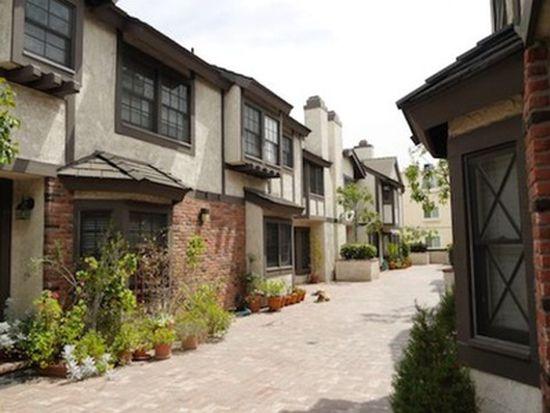 11940 Weddington St UNIT 12, Valley Village, CA 91607