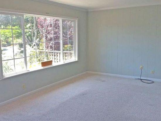 2703 Mabel St, Berkeley, CA 94702