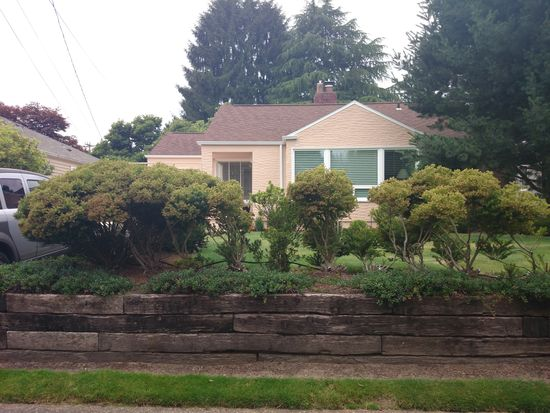 2655 34th Ave W, Seattle, WA 98199