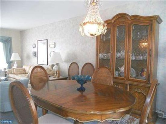 3157 Oak Rd, Huntingdon Valley, PA 19006