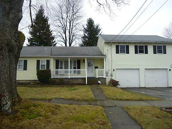 523 State St, Grove City, PA 16127