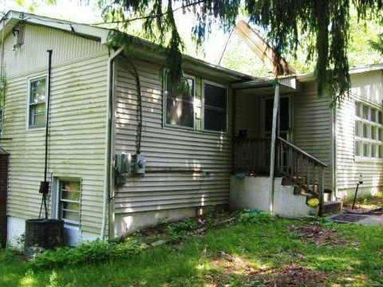 27 Brayton Rd, Carmel, NY 10512