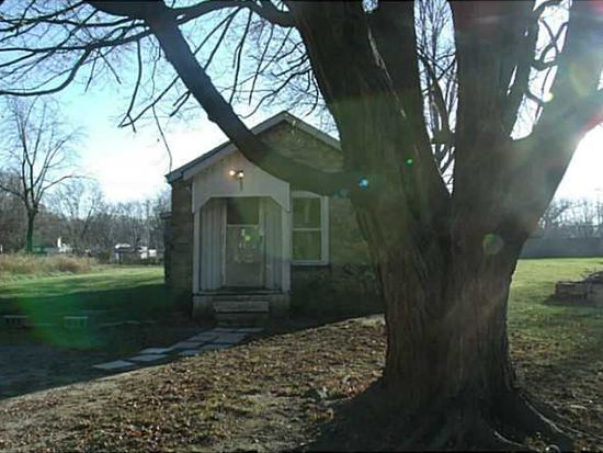 2423 W 17th St, Anderson, IN 46016
