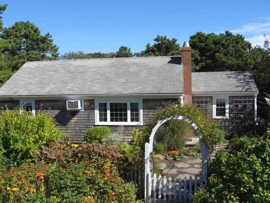 177 Cockle Cove Rd, South Chatham, MA 02659
