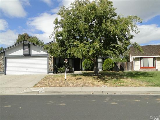 578 Countryside Dr, Vacaville, CA 95687