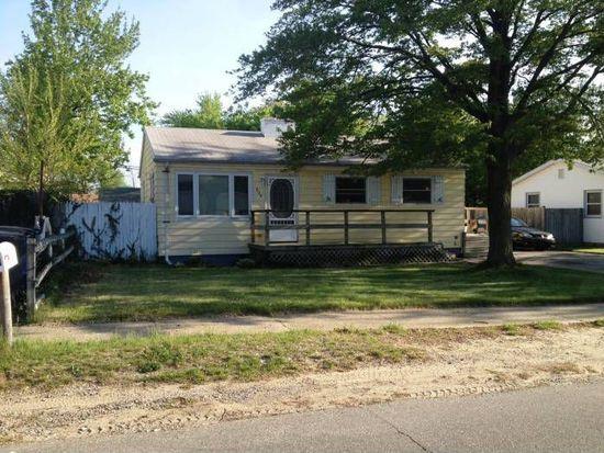 209 Lake Hills Rd, Michigan City, IN 46360