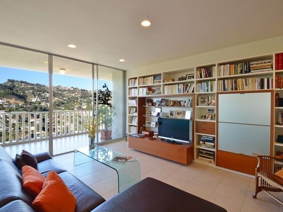 9255 Doheny Rd APT 3103, West Hollywood, CA 90069
