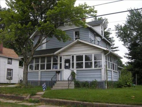 877 Keeney St, Akron, OH 44310
