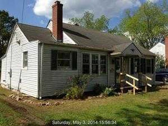 1206 W Main St, Williamston, NC 27892