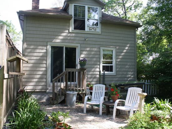 65 Anderson St, Great Barrington, MA 01230