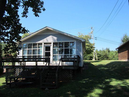 833 Riverside Dr, Lexington, NC 27292