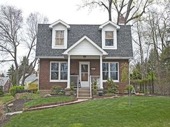 231 Camberwell Dr, Pittsburgh, PA 15238