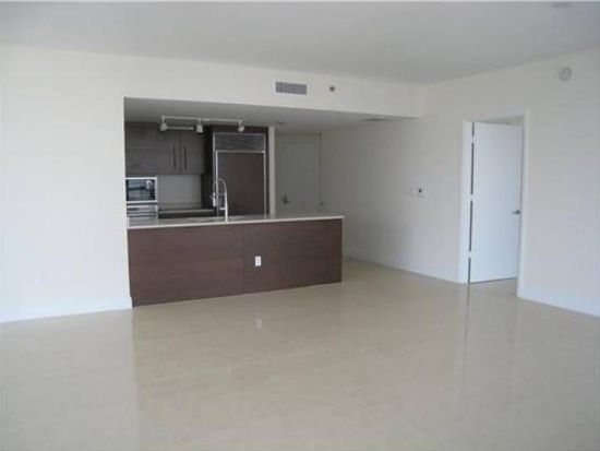 465 Brickell Ave APT 3702, Miami, FL 33131