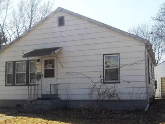 708 Olive St, Galesburg, IL 61401
