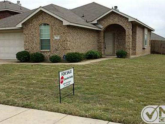 712 Hawthorn Dr, Cedar Hill, TX 75104
