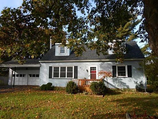 985 N Greece Rd, Rochester, NY 14626